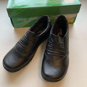 Easy Street Women's Proctor Slip On Comfort Shoes